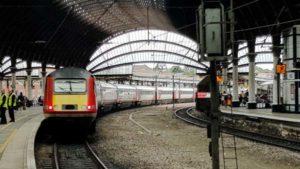 LNER class 43 HST leaving York