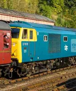 Class 35 Hymek D7076 arriving at Bewdley station on the Severn Valley Railway