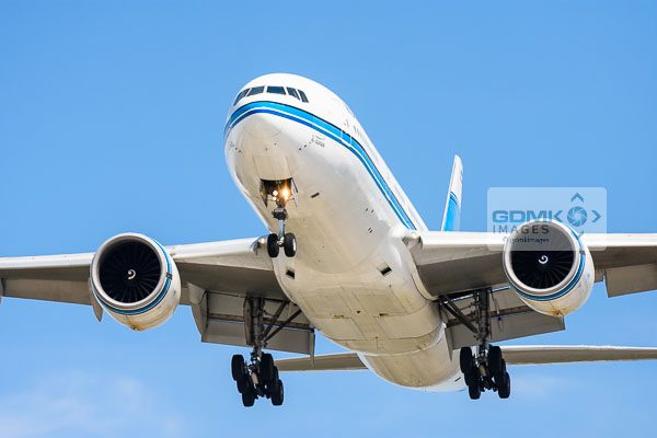 Front view of a Kuwait Airways Boeing 777 as it comes in to land at London Heathrow airport