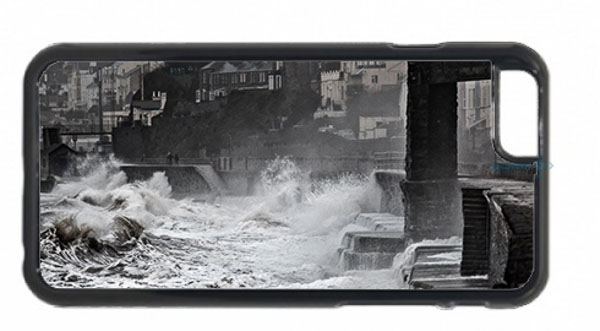Waves Pounding Dawlish Sea Wall Mobile Phone Case