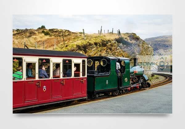 Steam Loco Blanche on the FFestiniog Railway Wall Art Print
