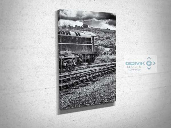 Black and White Class 33 D6575 Canvas Print