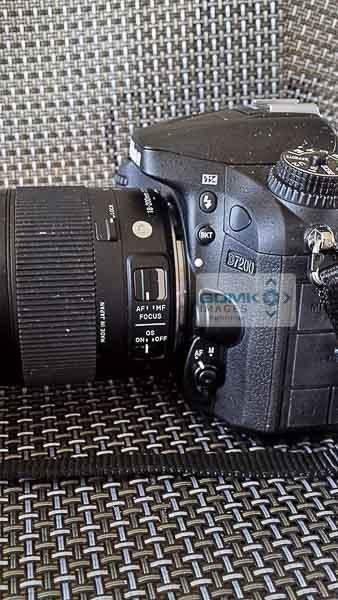 Nikon D7200 side view