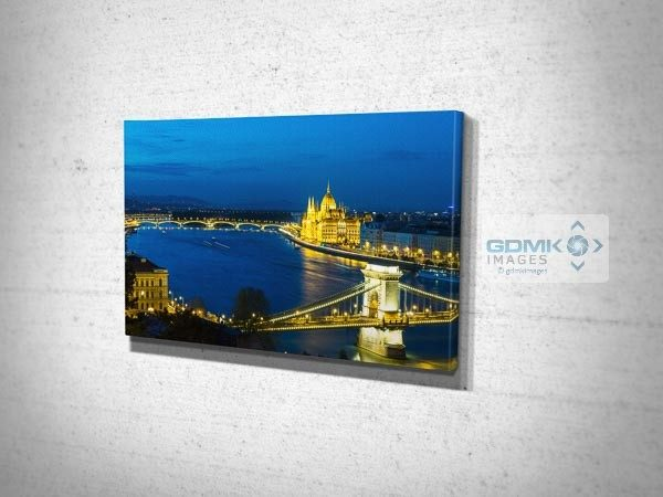 Dusk over Chain Bridge and River Danube Wall Art Print