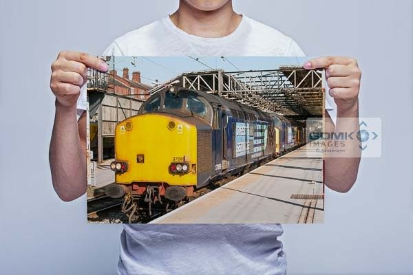 Man Holding 3 DRS Class 37s Wall Art Print