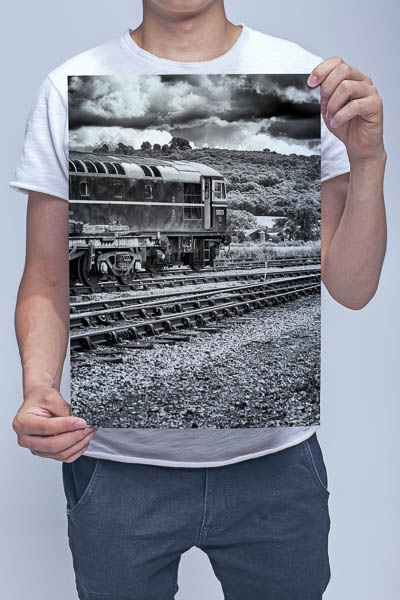 Man Holding Black and White Class 33 D6575 Wall Art Print