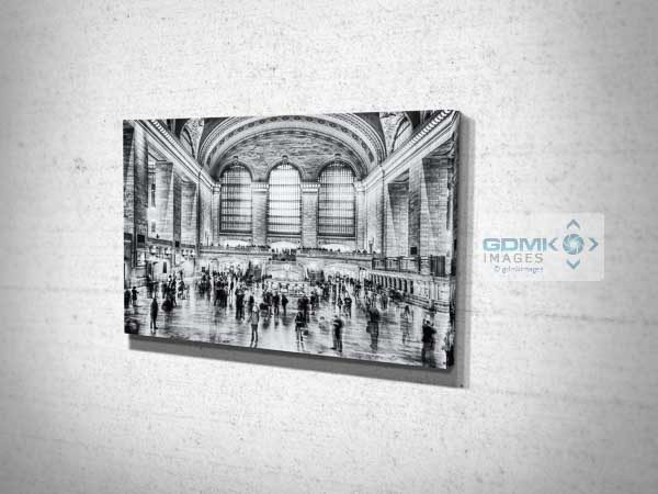 New York Grand Central Station in Black and White Canvas Print