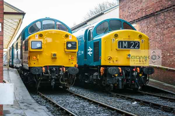 English Electric locos Class 37 37109 and Class 40 D345 at Bury railway station