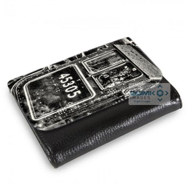 Medium Wallet Black and White Black 5 Cab