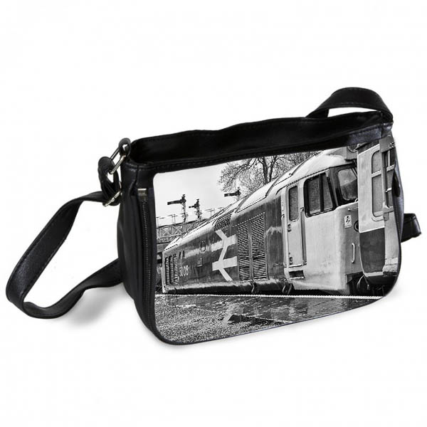 Black and White Class 50 50015 Messenger Bag