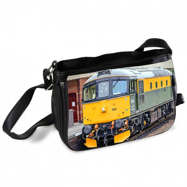 Class 33 33002 Messenger Bag