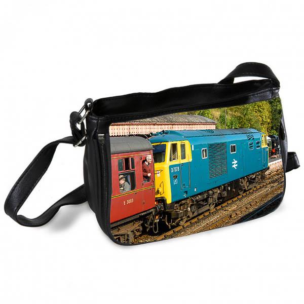 Class 35 Hymek D7076 Messenger Bag