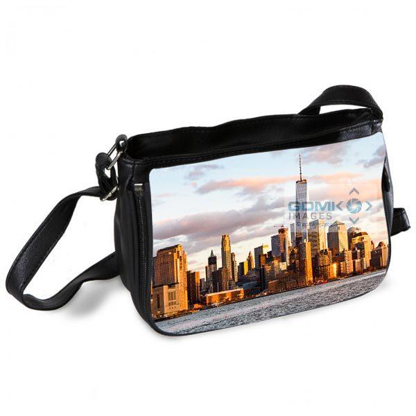 New York bathed in Evening light Messenger Bag