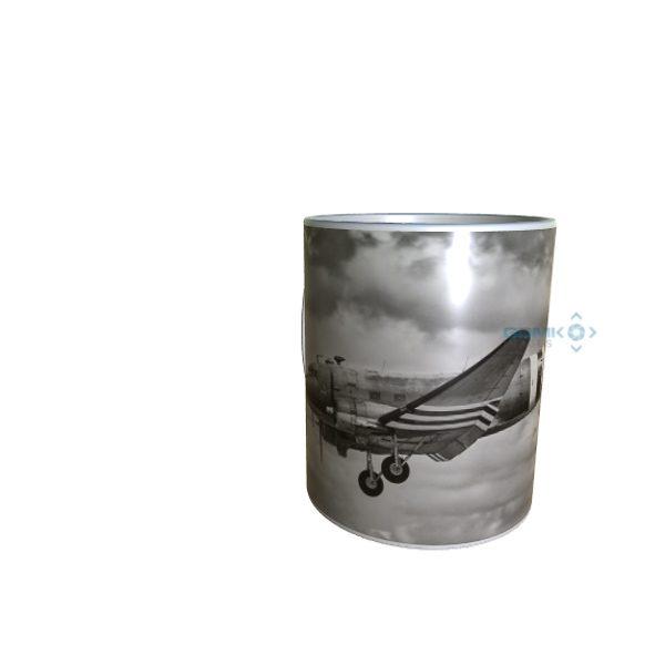 B And W Dakota Landing Mug
