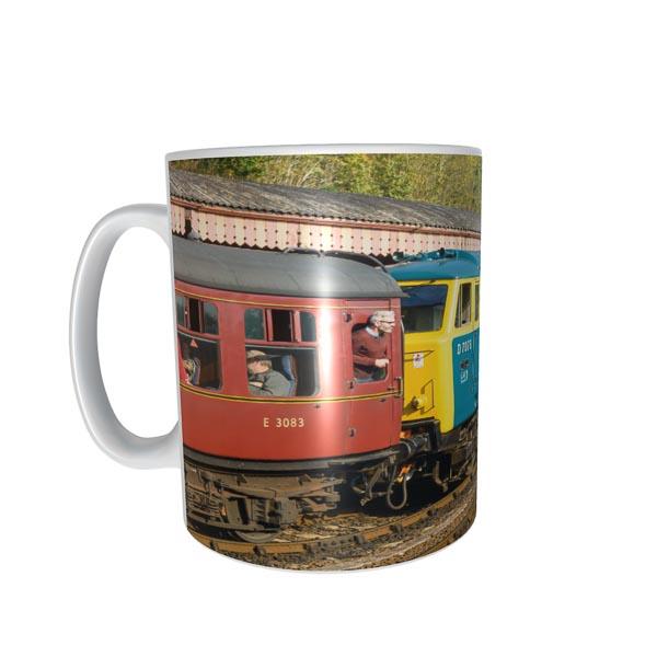 Hymek Class 35 D7076 Mug