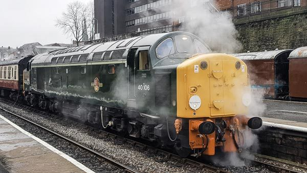 Class 40 40106 at Bury on the East Lancs Railway